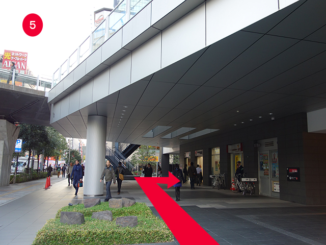 ドコモショップ秋葉原UDX店行き方5